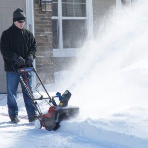 Toro 38381 Power Curve Snow Blower Review