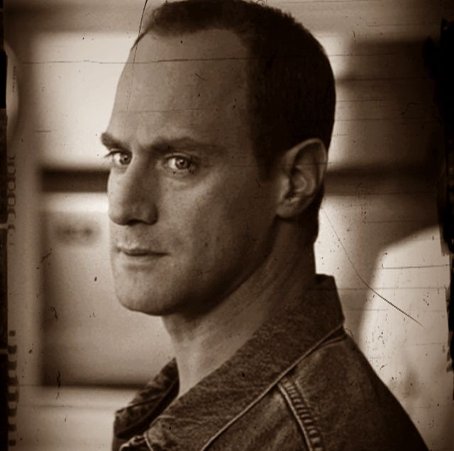 123 best images about christopher meloni elliot stabler for Meloni arredamenti oristano
