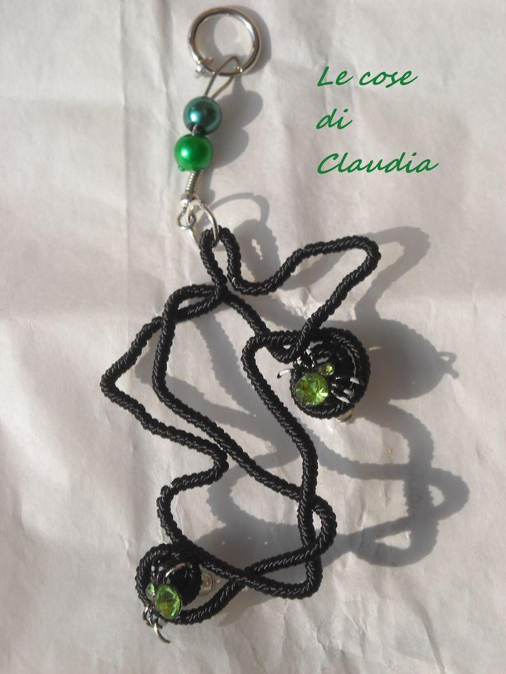 mia creazione: orecchini con ragno