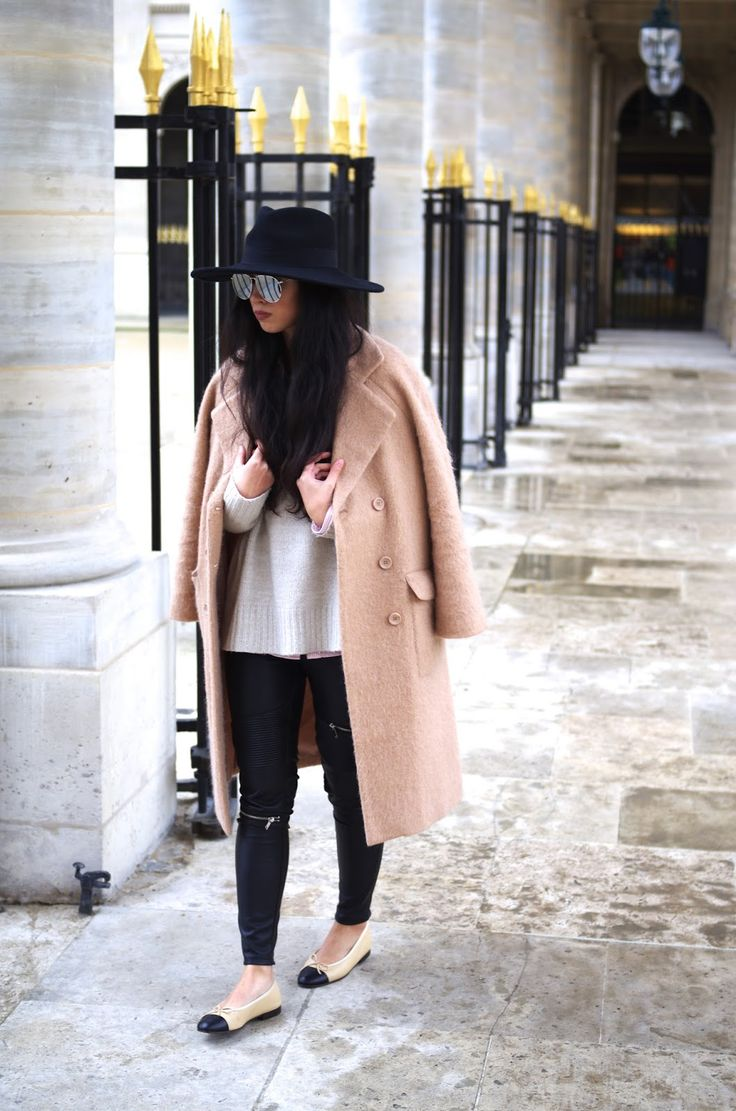 Elizabeth l black camel chanel ballerinas streetstyle outfit l THEDEETSONE l http://thedeetsone.blogspot.fr