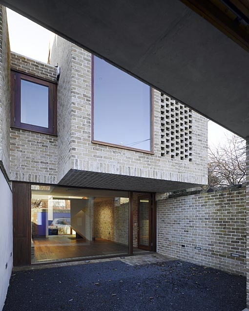 Grafton Architects Dublin Mews House