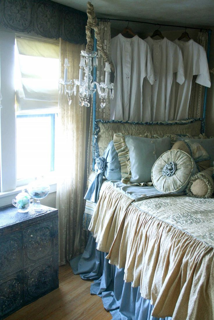 Small Romantic Bedroom Ideas: 148 Best Romantic Bedrooms Images On Pinterest