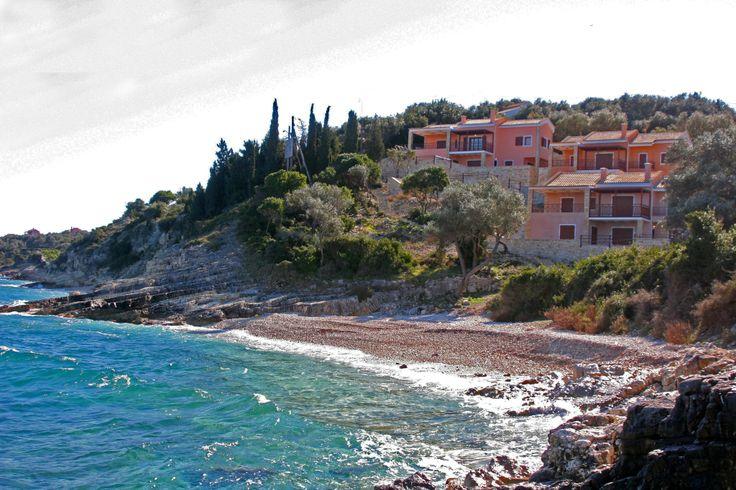 Κάντε τις διακοπές σας στο όμορφο νησί των Παξών http://www.fougarostravel.com/el/paxos-diamoni.html