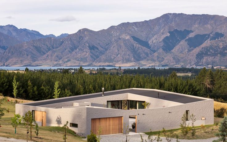 Lake Hawea Courtyard House Paterson Architecture Collective » Archipro