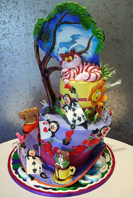 Disney Alice in wonderland cake