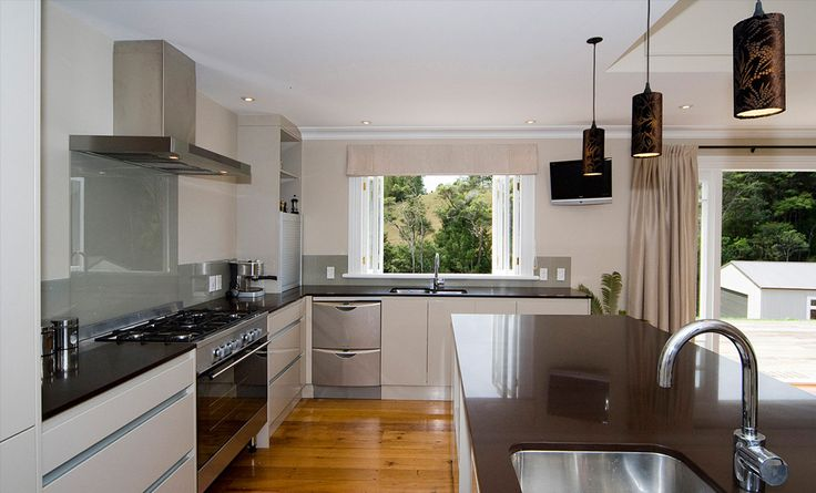 Kitchen designs by Architecture Smith + Scully Ltd.