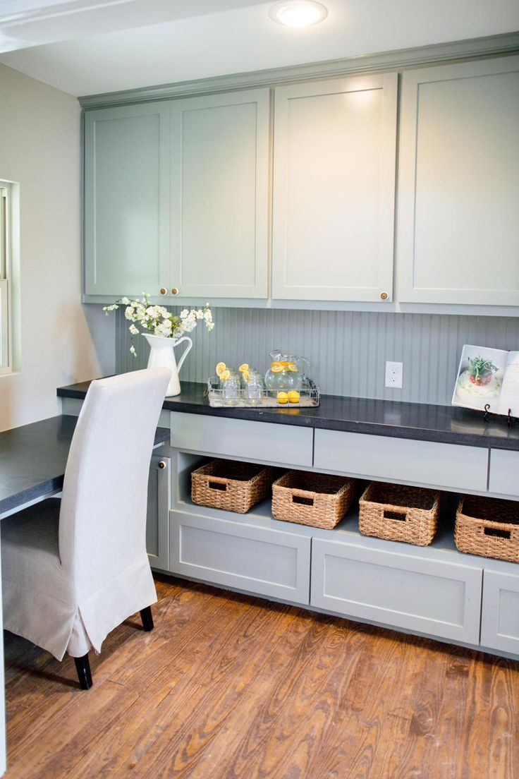 Fixer Upper: Country Style in a Very Small Town | HGTV's Fixer Upper With Chip…