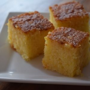 「トルコのお菓子★オレンジ風味のレヴァニ」revani(レヴァニ)は、トルコや中東のお菓子。オレンジを使ってさっぱりと仕上げました。【楽天レシピ】