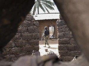 O cidadão português foi raptado no estado de Kogi, na Nigéria, na sequência de um tiroteio iniciado por um grupo de 15 homens armados http://visao.sapo.pt/actualidade/mundo/2017-11-29-Morreu-o-portugues-raptado-na-Nigeria