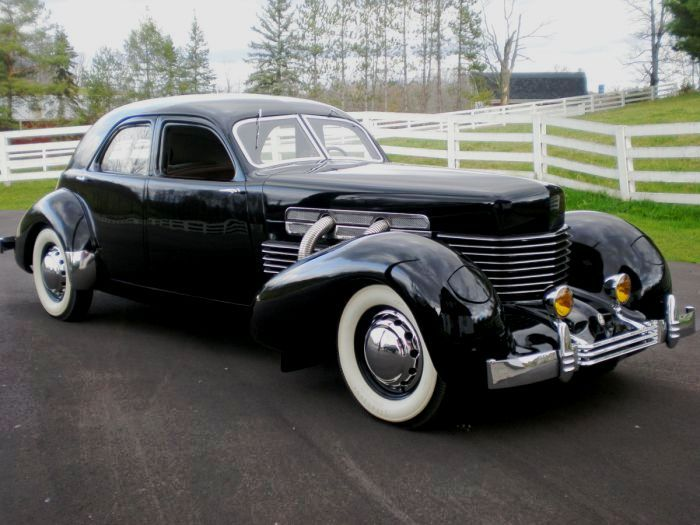 2883 best images about 1931 to 1940 carz on pinterest for Cord motor car for sale