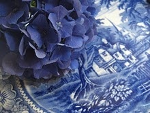 blue plate and hydrangea: Blue Blue, Blue Hydrangeas, 52 Fleas, Blue Plates, Favorite Colors, Blue Dishes, Fleas Marketing, Blue Willow, Blue And White