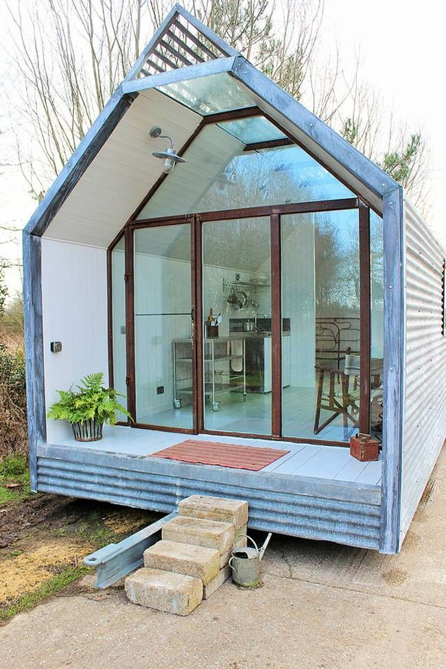 This contemporary shepherd hut has THE most lovely windows! Could use some privacy, though. | Tiny Homes