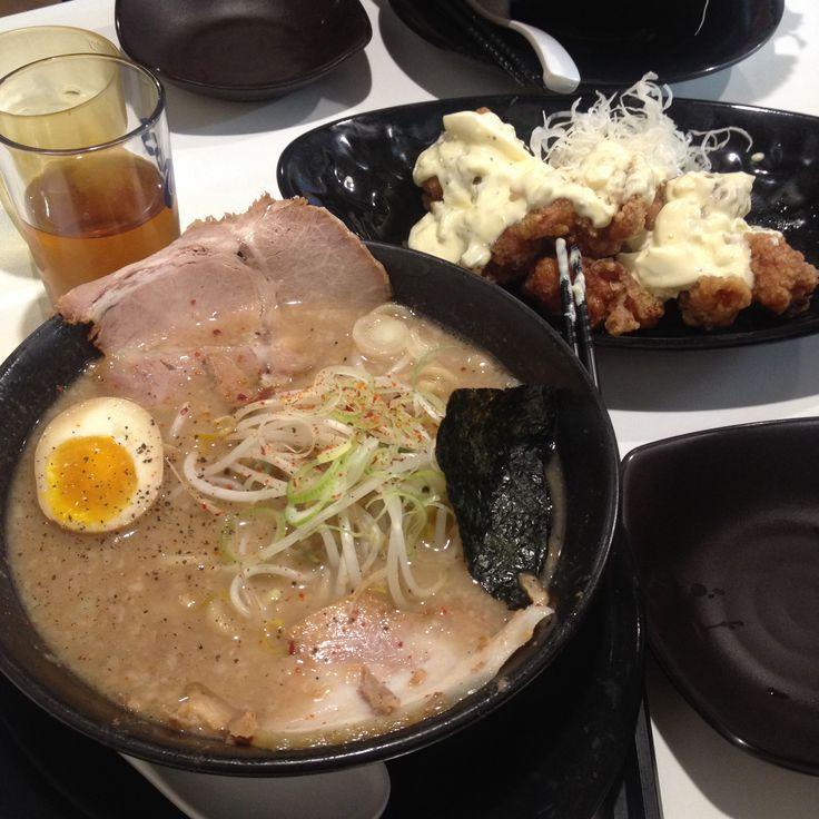 <토코돈코츠라멘>  그리고 신사이드 메뉴'치킨난방' -신촌부탄츄-