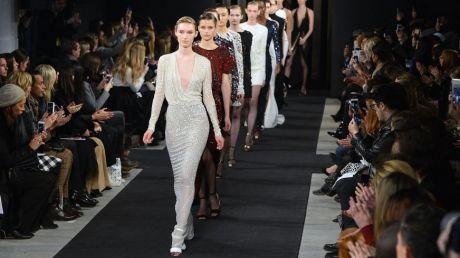 Celebrităţi şi politicieni şi-au dat întâlnire la Săptămâna modei de la New York