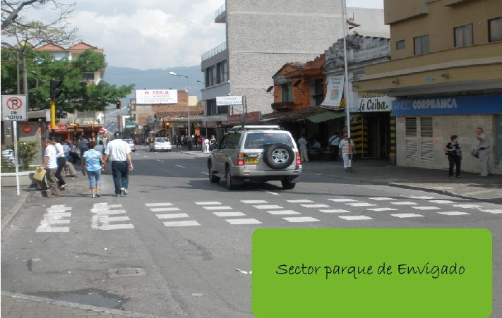 22 de abril- 2013: algunos habitantes de Envigado hicieron caso omiso a la jornada pedagógica del día sin carro.