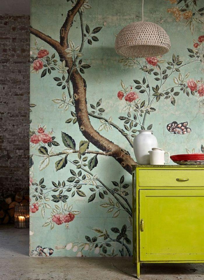 Wunderschone Tapeten Florale Motiven Hellgruner Hintergrund Romantsiches Muster Mit Bildern Tapeten Floral Dekor Mauerabdeckung