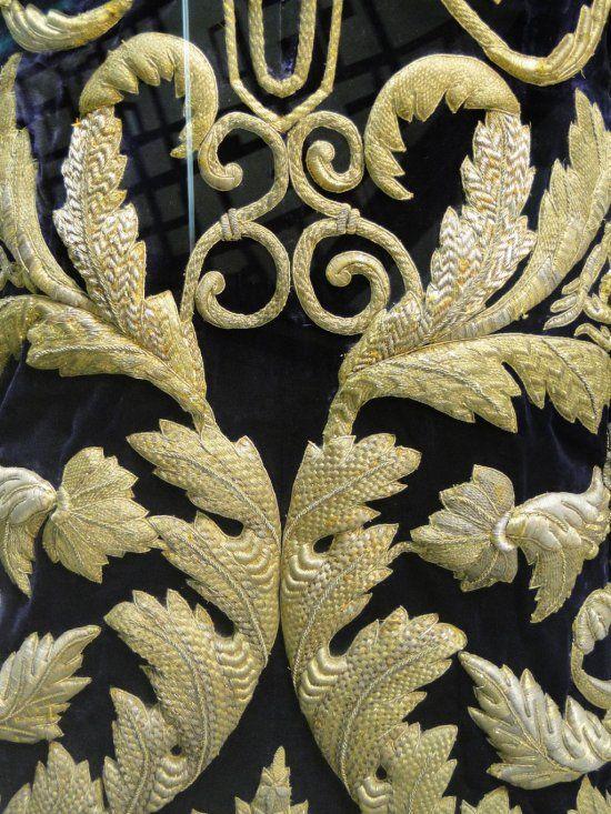 Goldwork Embroidery Bordado Cofrade   ConexionModa