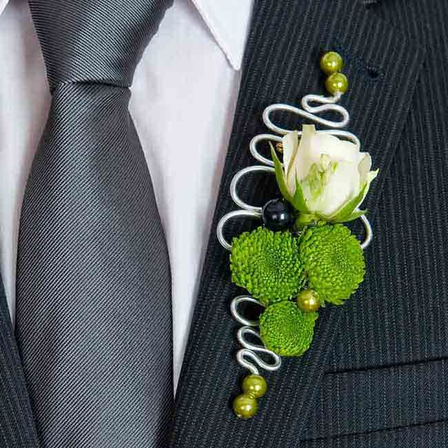 Rose and chrysanthemum boutonnière with wire work trim. Loved by Jemini Flowers, Oxford - www.jemini.co.uk