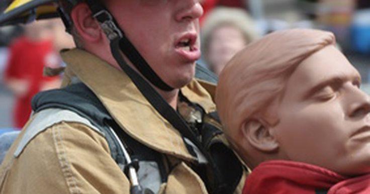 Código de ética para bomberos. Un código de ética orienta el comportamiento y las actitudes de una organización o comunidad en particular. Al igual que con otros grupos, los bomberos tienen su propio código de ética al que deben adherirse. El código de ética de los bomberos ayuda a que los hombres y mujeres de esta rama de la administración pública sean conscientes de su ...