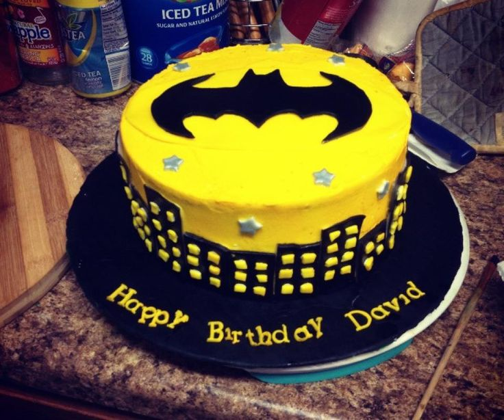 SUPER-HÉROS. Batman Birthday Cake.