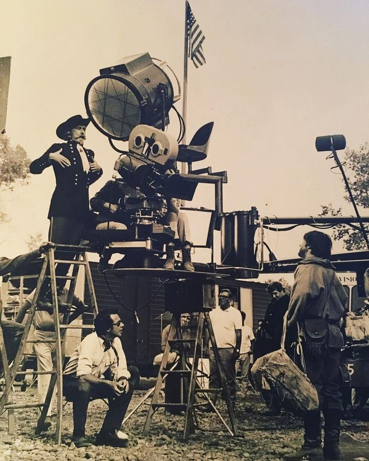 Montana set of 'Little Big Man' 1969. Director Arthur Penn with Richard Mulligan and Dustin Hoffman.  #picoftheday #moviemaking #onlocation #littlebigman #arthurpenn #dustinhoffman #richardmulligan #charlsiephotovault by run4istrun