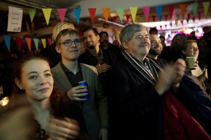 Enhedslisten fejrer resultatet af EU-afstemningen på Kayak Bar. Men er det egentlig noget at fejre for et internationalt orienteret venstrefløjsparti, spørger dagens kronikør.