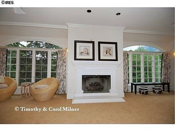 Jonbenet ramsey 39 s boulder co home circa 2011 top floor for Ramsey fireplace