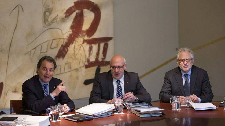 La bicoca de la independencia: los sueldos de Puigdemont por romper con España