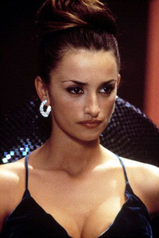 #TBT: Penélope Cruz's Most Cinematic Hair Moments – Vogue -  Blow