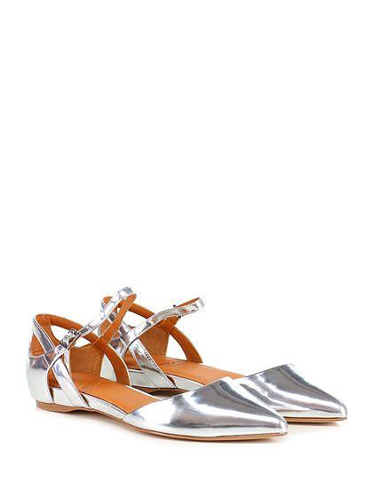 What for - Scarpa bassa - Donna - Scarpa bassa in pelle specchiata con cinturino alla caviglia e suola in gomma. Tacco 20. - SILVER - € 125.00