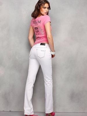Одежда молодежная джинсы в обтяжку