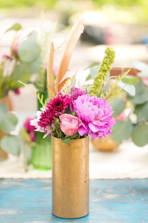 Gold wedding centerpiece #weddingdecor #goldwedding #weddingideas #flowers #centerpiece