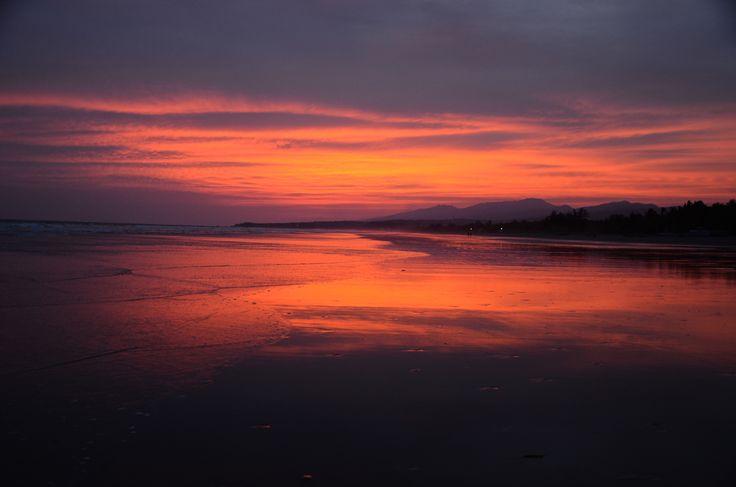 Sunset on the beach in El Salvador! www.janadyskantova.cz
