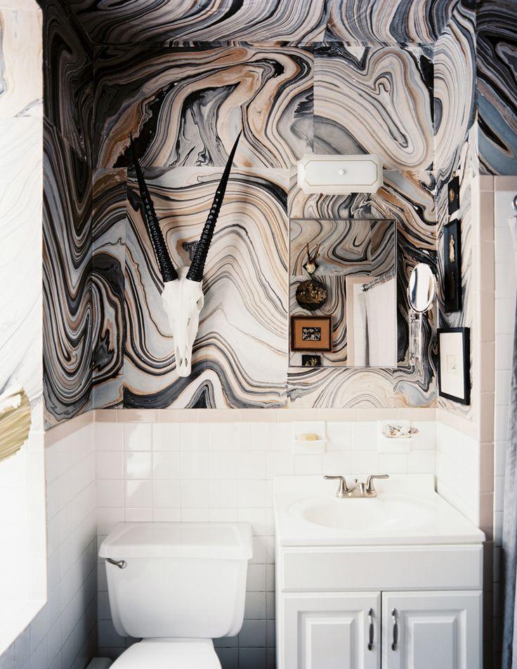 marbled paper as wallpaper!Decor, Bathroom Design, Ideas, Powder Room, Living Room, Interiors Design, Marbles, Wallpapers, Lonny Magazine
