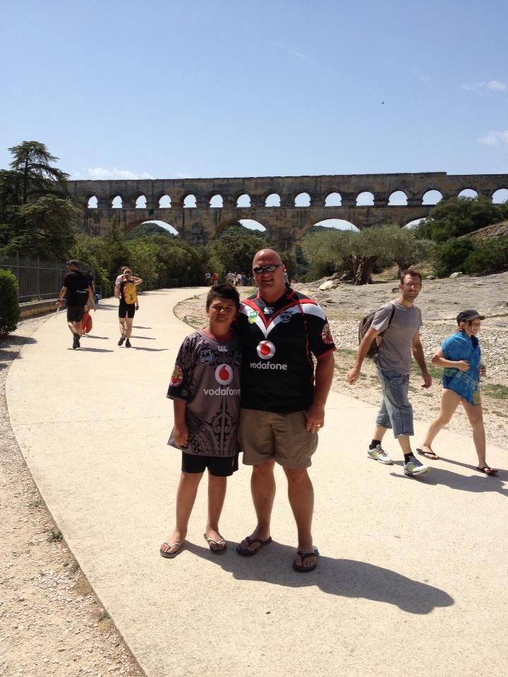 Mike and Christian Storey repping the Vodafone Warriors at the Pont du Gard, Southern France #WarriorsWorld