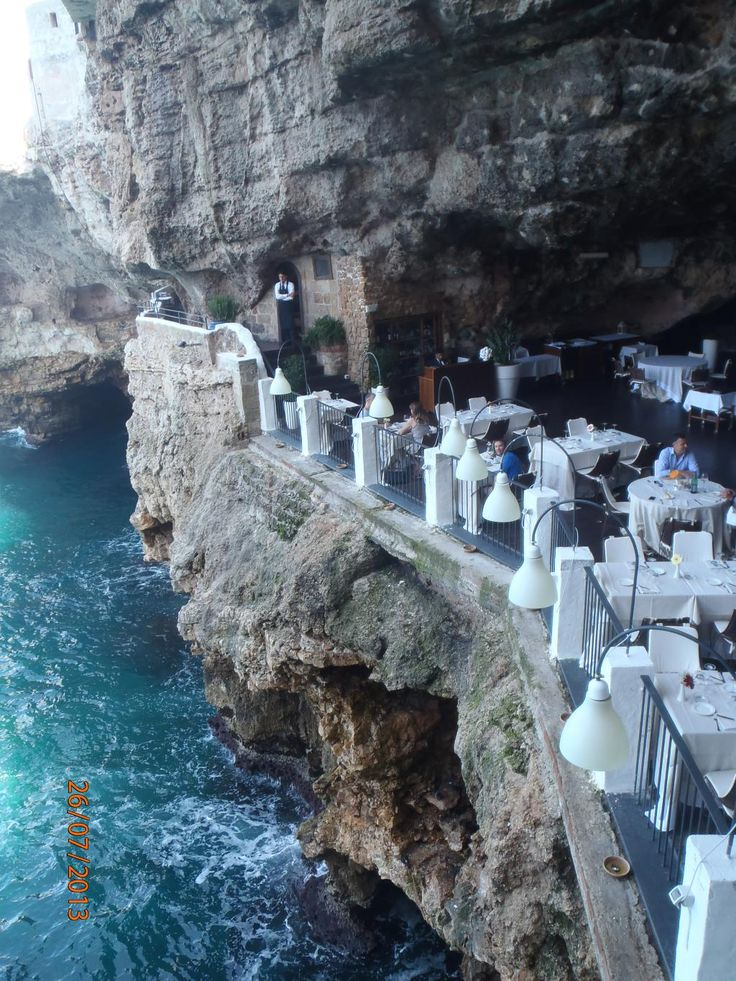 ristorante grotta palazzese polignano a mare restaurant reviews phone number photos. Black Bedroom Furniture Sets. Home Design Ideas