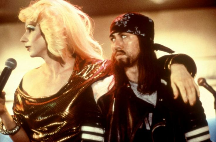 John Cameron Mitchell, Miriam Shor, 2001 | Essential Gay Themed Films To Watch, Hedwig and the Angry Inch http://gay-themed-films.com/hedwig-and-the-angry-inch/