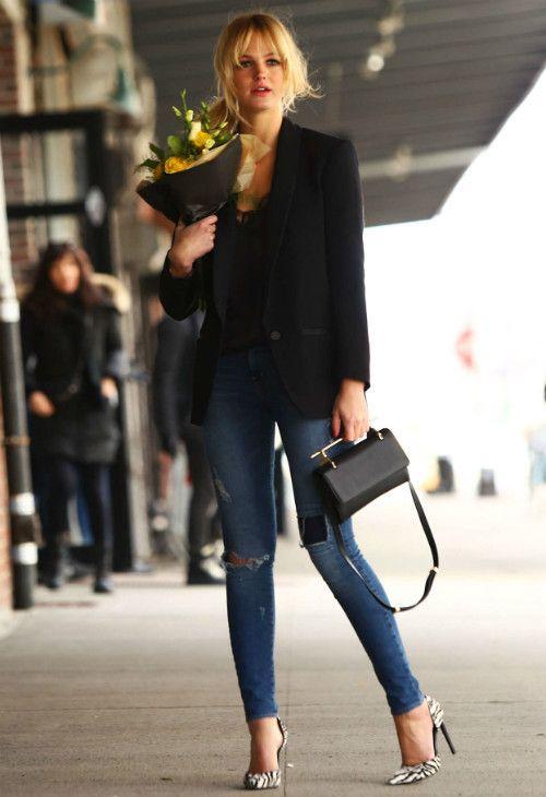 #エリン・ヘザートン #レースキャミ #スキニーデニム #ゼブラ柄パンプス の画像|海外セレブ最新画像・私服ファッション・着用ブランドまとめてチェック DailyCelebrityDiary*