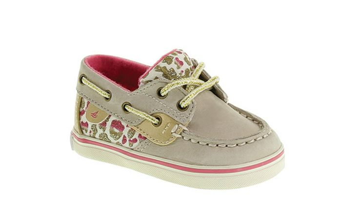 Just like mom's favorite boat shoe, only this one is made especially for little feet #newyearnewstyle