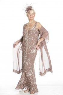 Wedding Outfits For Brides Mother In Plus Sizes 79
