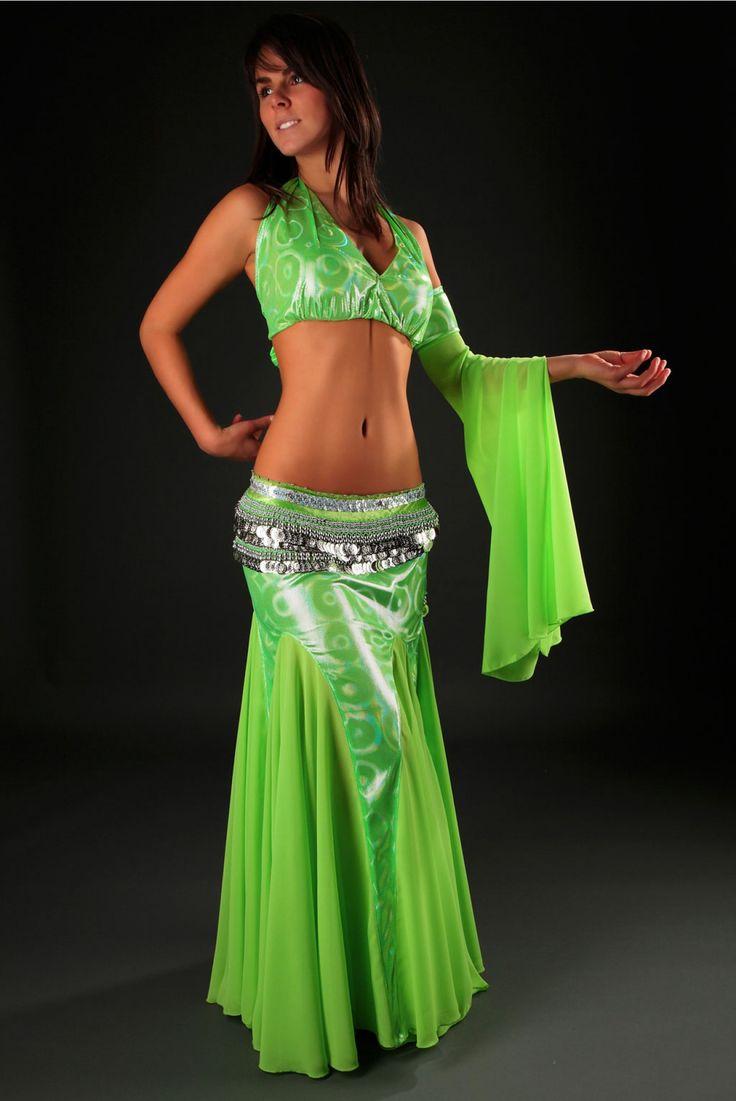 tenue danse orientale costumes orientaux danse orientale femmes orientales pinterest. Black Bedroom Furniture Sets. Home Design Ideas