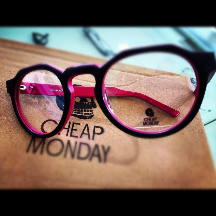 CHEAP MONDAY - BEESWAX