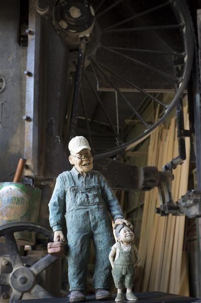 「大好きな森守りたい」 奈良・吉野杉の木くずで人形制作 - 産経WEST