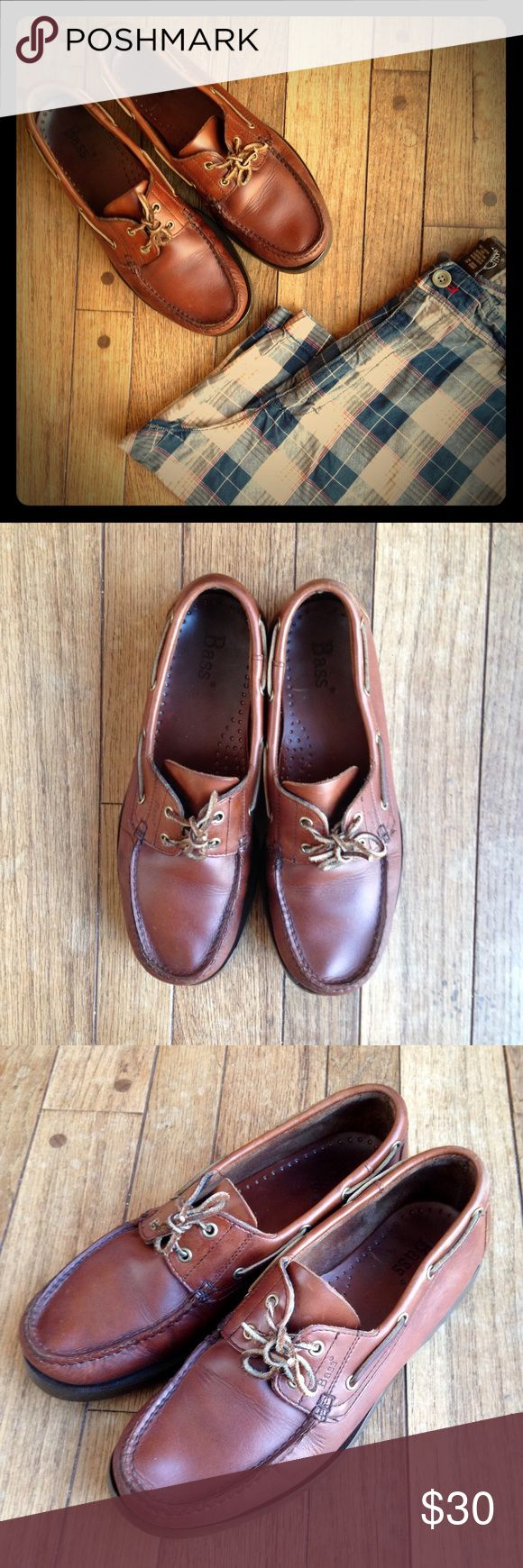 "Bass ""Seafarer"" brown leather boat shoes Great condition!  Very gently used. Leather looks and smells great!  Soles show no wear. Leather laces. A classic pair of shoes! Bass Shoes Boat Shoes"