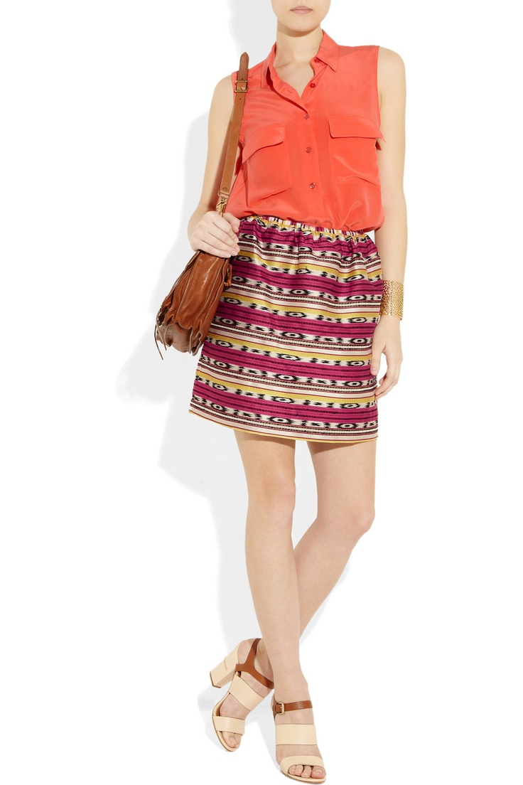 I could not be MORE obsessed with this amazing Carven skirt. Gorgeous!