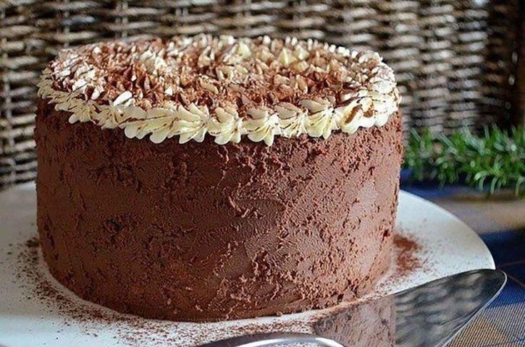 https://www.mindenegyben.com/finom-receptek/mascarpones-kremtorta-csokolades