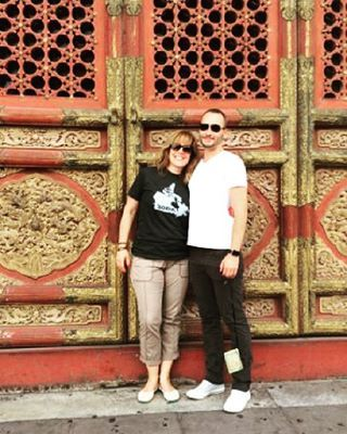 This week's fan is Ruth! Here she is in China showing some hometown pride in her HomeT! #iloveorangefish #fanfriday