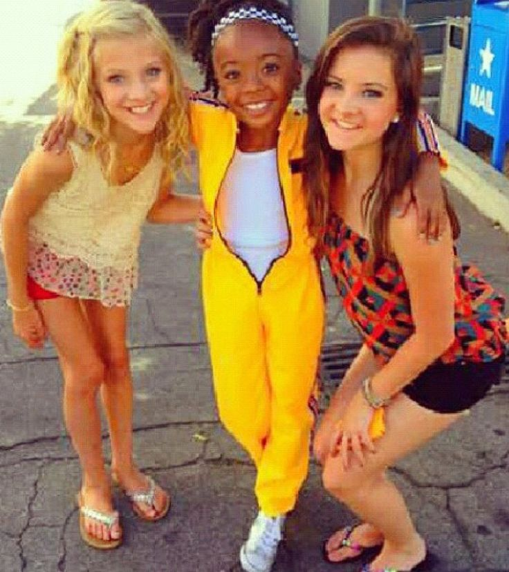Paige and Brooke Hyland with Skai Jackson from Jessie