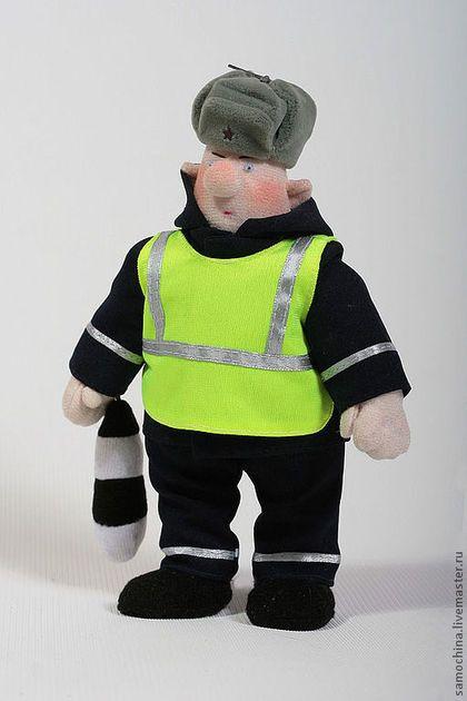 Инспектор в зимней форме форме одежды\r\nФото А.Леонов