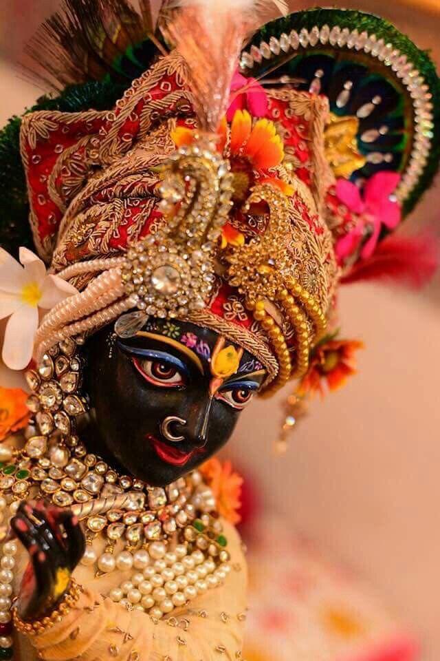 Pin By Sangam Soni On Shri Nikunj Bihari Lal G Radha Krishna Wallpaper Krishna Krishna Wallpaper